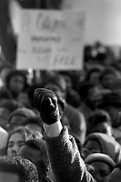 File - La mere du Jeune Anthony Griffin se joint a la manifestation contre l'acquitement du Policier Alan Gosset (qui a abattu son fils), <br /> le 27 fevrier 1987.<br /> <br /> <br /> Photo : Pierre Roussel - Agence Quebec Presse