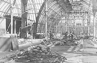 Aufräumarbeiten im von Bomben zerstörten Palmenhaus. Schönbrunn. Um 1945. Photographie von Franz Votava<br /> <br /> - 01.01.1945-31.12.1945<br /> <br /> Reconstruction of the Palmenhaus. During WWII it was destroyed by bombs. Schoenbrunn. Vienna. 1945. Photograph by Franz Votava<br /> <br /> - 01.01.1945-31.12.1945