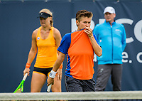 Den Bosch, Netherlands, 12 June, 2017, Tennis, Ricoh Open, Woman's doubles: Kiki Bertens (NED)/Demi Schuurs (NED) (R)<br /> Photo: Henk Koster/tennisimages.com