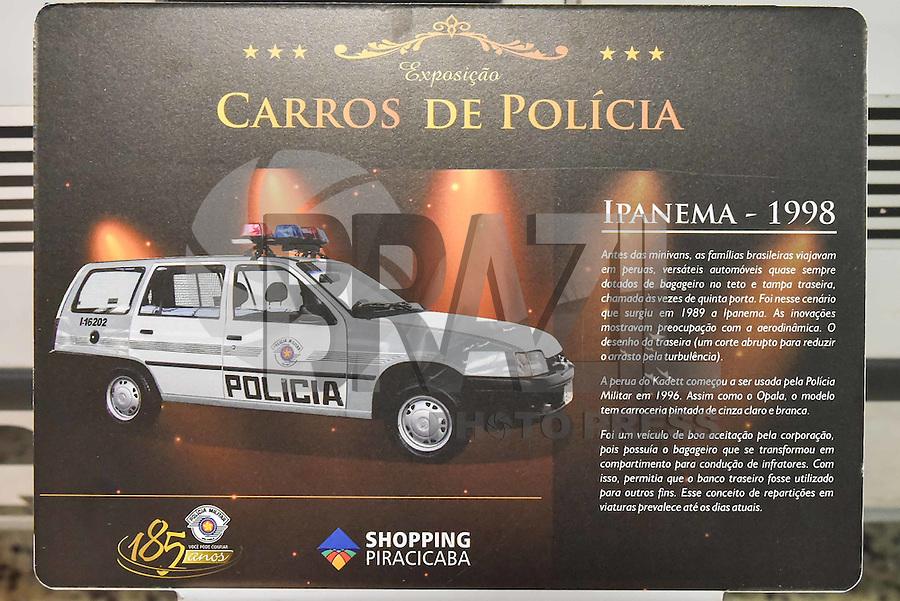PIRACICABA,SP, 25.02.2016 - EXPOSIÇÃO-PM - O 10º Batalhão de Polícia Militar do Interior (BPM/I) apresenta a exposição Carros de Polícia, que reúne viaturas históricas da corporação. A exposição exibe oito modelos de carros e cinco motocicletas. Entre as viaturas históricas estão o VW Fusca 1987, apelidado de 'Baratinha', e o Chevrolet Veraneio 1978, da Rota. A exposição está no Shopping Piracicaba, no interior de SP, e ficará aberta até o dia 6 de março. (Foto: Mauricio Bento/Brazil Photo Press)