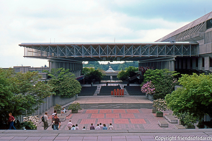 Vancouver: Simon Fraser University--looking back from east to west--to covered Mall. Image 8.