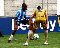 PIEDECUESTA - COLOMBIA, 24-09-2021: Real Santander y Atletico F. C. durante partido de la fecha 10 por el Torneo BetPlay DIMAYOR II 2021 en el estadio Villa Concha en la ciudad de Piedecuesta. / Real Santander and Atletico F. C. during a match of the 10th date for the BetPlay DIMAYOR II 2021 Tournament at the Villa Concha stadium in Piedecuesta city. / Photo: VizzorImage / Jaime Moreno / Cont.