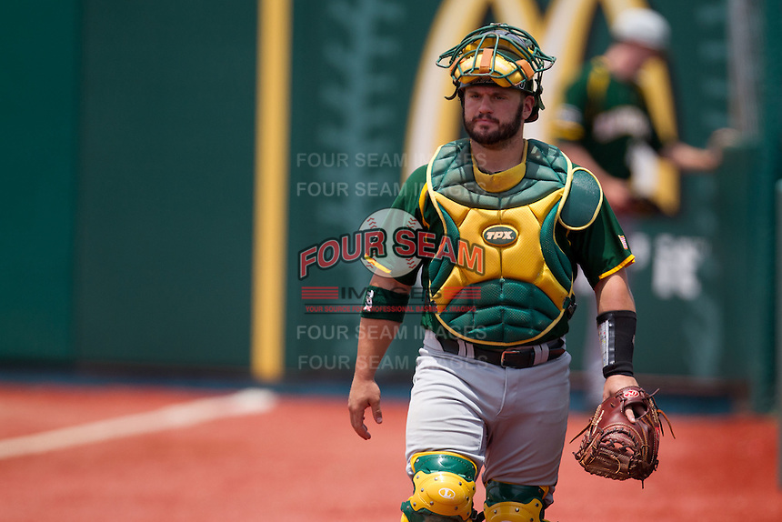 Baylor Bears catcher Josh Ludy #30 before the NCAA Regional baseball game against Oral Roberts University on June 3, 2012 at Baylor Ball Park in Waco, Texas. Baylor defeated Oral Roberts 5-2. (Andrew Woolley/Four Seam Images)