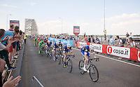 With 1km to go Team Etixx-Quickstep sets the fearce pace lining up Marcel Kittel (DEU/Etixx-Quickstep) for the sprint<br /> <br /> stage 2: Arnhem-Nijmegen (NLD) 190km<br /> 99th Giro d'Italia 2016