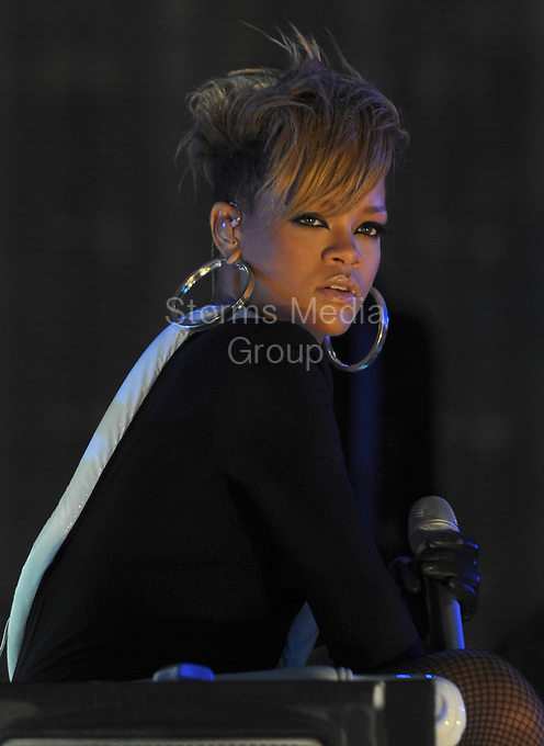 SMG_Rihanna_Pepsi_Beach_020410_01.JPG<br /> <br /> MIAMI BEACH, FL - FEBRUARY 04: Singer Rihanna performs onstage at the Pepsi Super Bowl Fan Jam on February 4, 2010 in Miami Beach, Florida. (Photo By Storms Media Group)  <br /> <br /> People:  Rihanna<br /> <br /> Must call if interested<br /> Michael Storms<br /> Storms Media Group Inc.<br /> 305-632-3400 - Cell<br /> 305-513-5783 - Fax<br /> MikeStorm@aol.com