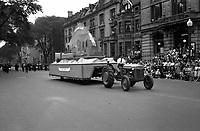 Defile de la Saint-Jean-Baptiste 1947