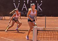 Netherlands, Rotterdam August 08, 2015, Tennis,  National Junior Championships, NJK, TV Victoria, Girls doubles:  Perla Nieuwboer and Gabriella Mujan (L)<br /> Photo: Tennisimages/Henk Koster