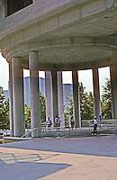 Washington D.C. : Canadian Embassy. Photo '91.