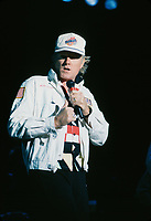 Mike Lowe - Beach Boys in concert / en spectacle<br /> Circa 1986- Montreal<br /> Photo : (c)by Pierre Roussel / Images Distribution