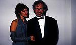 STEVEN SPIELBERG CON LA MOGLIE CAPSHAW<br /> AMFAR FOUNDATION CHARITY GALA PALAZZO VOLPI VENEZIA 1993
