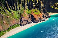 Kalalau Beach and Honopu Beach or Cathedral Beach, Na Pali Coast, Kauai, Hawaii, USA, Pacific Ocean