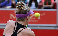 BOGOTA - COLOMBIA - 13-04-2016: Edina Svitolina de Ucrania, devuelve la bola a Alexandra Panova de Rusia, durante partido por el Claro Colsanitas WTA, que se realiza en el Club El Rancho de Bogota. / Edina Svitolina from Ukraine, returns the ball to Alexandra Panova from Russia, during a match for the WTA Claro Colsanitas, which takes place at Club El Rancho de Bogota. Photo: VizzorImage / Luis Ramirez / Staff.