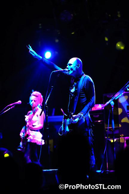 Smashing Pumpkins performing at Fabulous Fox Theater in Saint Louis on Nov 26, 2007.