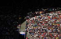 SAMARA - RUSIA, 07-07-2018: Hinchas son vistos durante partido de cuartos de final entre Suecia y Inglaterra por la Copa Mundial de la FIFA Rusia 2018 jugado en el estadio Samara Arena en Samara, Rusia. / Fans are seen during the match between Sweden and England of quarter final for the FIFA World Cup Russia 2018 played at Samara Arena stadium in Samara, Russia. Photo: VizzorImage / Julian Medina / Cont