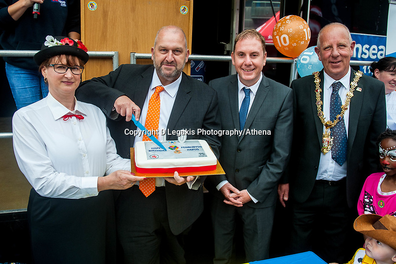 Thursday 21 July 2016<br /> Pictured from 2nd L: Carl Sergeant, Rod Stewart, and Mayor David Hopkins. Re: A teddy bears picnic takes place at Swansea Waterfront Museum to celebrate 10 years of Flying Start