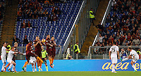 Calcio, Serie A: Roma vs Palermo. Roma, stadio Olimpico, 23 ottobre 2016.<br /> Palermo's Alessandro Diamanti, right, attempt a free kick during the Italian Serie A football match between Roma and Palermo at Rome's Olympic stadium, 23 October 2016. Roma won 4-1.<br /> UPDATE IMAGES PRESS/Riccardo De Luca