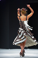 Dounia Coesens portant la robe de Marie Louisa Ortiz et Nicolas Haelewyn au Salon du Chocolat coiffure Franck Provost maquillage Make Up For Ever Paris 2017 - SALON DU CHOCOLAT 2017, 27/10/2017, PARIS, FRANCE