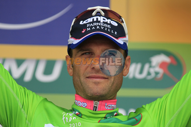 Alessandro Petacchi (ITA) Lampre-Farnese Vini takes over the Green Jersey at end of Stage 18 of the 2010 Tour de France running 198km from Salies-de-Bearn to Bordeaux, France. 23rd July 2010.<br /> (Photo by Eoin Clarke/NEWSFILE).<br /> All photos usage must carry mandatory copyright credit (© NEWSFILE | Eoin Clarke)