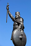 Great Britain, England, Hampshire, Winchester: Hamo Thornycroft's statue of King Alfred The Great of Wessex. Saxon king who ruled from 871 to 901