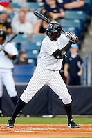 Tampa Yankees second baseman Anderson Feliz #20 during a game against the Lakeland Flying Tigers at Steinbrenner Field on April 6, 2013 in Tampa, Florida.  Lakeland defeated Tampa 8-3.  (Mike Janes/Four Seam Images)
