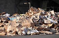 Nederland - Amsterdam - 2019. Recycling van karton.  Foto Berlinda van Dam / Hollandse Hoogte