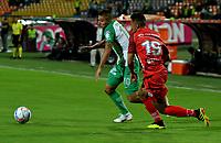 MEDELLÍN - COLOMBIA, 01-08-2018: Juan Pablo Ramírez (Izq.) jugador de Atlético Nacional disputa el balón con Andrés Ávila (Der.), jugador de Patriotas Boyacá, durante partido de la fecha 3 entre Atlético Nacional y Patriotas Boyacá, por la Liga Águila II 2018, jugado en el estadio Atanasio Girardot de la ciudad de Medellín. / Juan Pablo Ramirez (L) player of Atletico Nacional vies for the ball with Andres Avila (R), player of Patriotas Boyaca, during a match of the 3rd date between Atletico Nacional and Patriotas Boyaca for the Aguila League II 2018, played at Atanasio Girardot stadium in Medellin city. Photo: VizzorImage / León Monsalve / Cont.