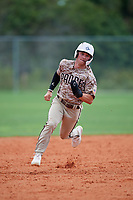 Jett Williams (8) during the WWBA World Championship at Lee County Player Development Complex on October 11, 2020 in Fort Myers, Florida.  Jett Williams, a resident of Heath, Texas who attends Rockwall-Heath High School, is committed to Texas A&M.  (Mike Janes/Four Seam Images)