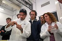 - Milan Bicocca University, environmental Sciences department, didactic laboratory of Biology ....- Università Milano Bicocca, facoltà di Scienze Ambientali,  laboratorio didattico di biologia