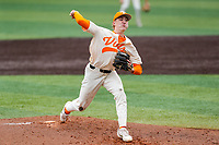 Tennessee Volunteers starting pitcher Blade Tidwell (29) delivers a pitch to the plate against the LSU Tigers on Robert M. Lindsay Field at Lindsey Nelson Stadium on March 28, 2021, in Knoxville, Tennessee. (Danny Parker/Four Seam Images)