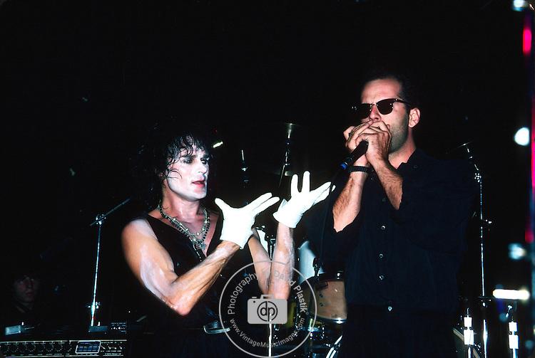 Michael Des Barres, Bruce Willis