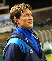 CALI -COLOMBIA-17-03-2016: Facundo Sava, técnico de Racing Club de Argentina durante partido con Deportivo Cali de Colombia por la fecha 3, G3, de la Copa Bridgestone Libertadores 2016 jugado en el estadio Palmaseca de la ciudad de Cali. / Facundo Sava, coach of Racing Club of Argentina during the match Deportivo Cali of Colombia and Racing Club of Argentina for the date 3, G3, of the Copa Bridgestone Libertadores 2016 played at Palmaseca stadium in Cali city.  Photo: VizzorImage/ NR /Cont