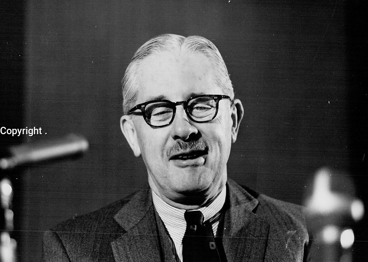 Gordon; Walter - Portraits (before 1976)