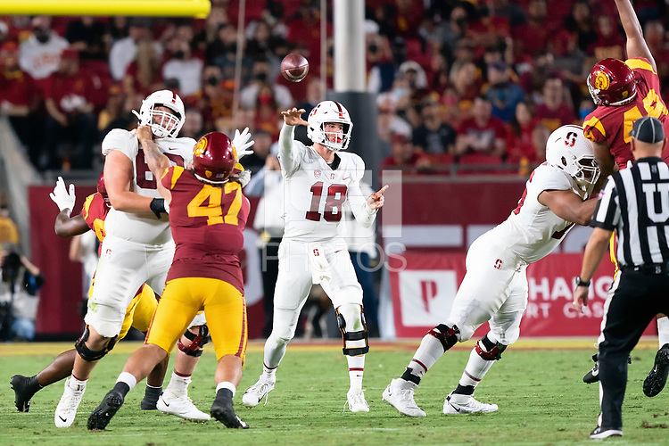 LOS ANGELES, CA - SEPTEMBER 11: Tanner McKee during a game between University of Southern California and Stanford Football at Los Angeles Memorial Coliseum on September 11, 2021 in Los Angeles, California.