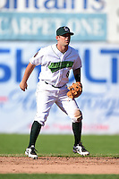 Jamestown Jammers second baseman Erik Lunde (6) during a game against the Mahoning Valley Scrappers on June 15, 2014 at Russell Diethrick Park in Jamestown, New York.  Jamestown defeated Mahoning Valley 9-4.  (Mike Janes/Four Seam Images)