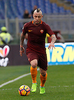 Roma's Radja Nainggolan in action during the Italian Serie A football match between Roma and Napoli at Rome's Olympic stadium, 4 March 2017. <br /> UPDATE IMAGES PRESS/Riccardo De Luca