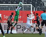 Hendrik Bonmann (Nr.39, Wuerzburger Kickers) faengt einen Ball  beim Spiel in der 2. Bundesliga, SV Sandhausen - Wuerzburger Kickers.<br /> <br /> Foto © PIX-Sportfotos *** Foto ist honorarpflichtig! *** Auf Anfrage in hoeherer Qualitaet/Aufloesung. Belegexemplar erbeten. Veroeffentlichung ausschliesslich fuer journalistisch-publizistische Zwecke. For editorial use only. For editorial use only. DFL regulations prohibit any use of photographs as image sequences and/or quasi-video.