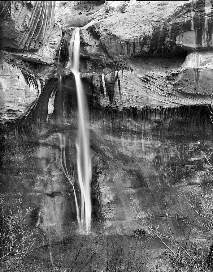 Lower Calf Creek Falls can be found after a pleasant 3 mile hike from the trailhead starting at Calf Creek Campgrounds just off of Highway 12.  During the hike up Calf Creek Canyon one can observe beaver damns, pictographs, trout swimming in the creek, and beautifully stained rock walls.  You finally rewarded with a great oasis to take a break and have a picnic next to the 130 foot falls.<br />