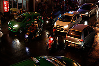 Traffic at night in  Da lat
