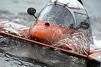 Jim Mauldin, E-31, returns to the pits. (5 Litre class hydroplane(s)
