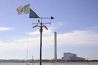 - centrale termoelettrica ENEL di Porto Tolle , nel delta del fiume Po<br /> <br /> - ENEL thermoelectric plant at Porto Tolle, in the delta of the River Po