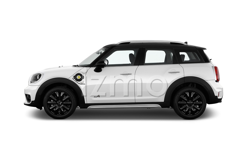 Car driver side profile view of a 2018 Mini Countryman S 5 Door Hatchback