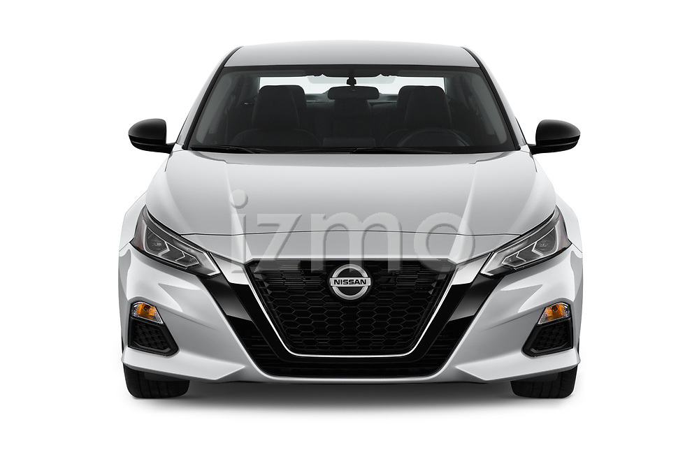 Car photography straight front view of a 2020 Nissan Altima SR-FWD 4 Door Sedan Front View