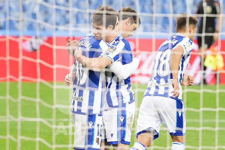 Real Sociedad's Mikel Oyarzabal and Aritz Elustondo celebrate goal during La Liga match. October 3, 2020. (ALTERPHOTOS/Acero)