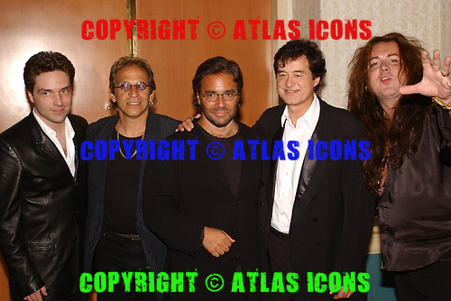 FORT LAUDERDALE FL - MAY 08: Richard Marx, Richie Supa, Al Di Meola, Jimmy Page and Yngwie Malmsteen attend the Brazilian children's charity event held at the Fort Lauderdale Marriott on May 8, 2002 in Fort Lauderdale, Florida. : Credit Larry Marano © 2002
