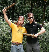 Johnny Knoxville e Chris Pontius .Roma 01/12/2010 Jackass 3D - Photocall - Hotel De Russie, Rome..Photo Zucchi Insidefoto