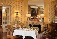 Europe/France/Provence-Alpes-Côte d'Azur/13/Bouches-du-Rhone/Aix-en-Provence: Villa Gallici - Hôtel de Charme - Détail de la salle du restaurant