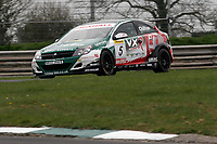 Round 2 of the 2006 British Touring Car Championship. #5 Tom Chilton (GBR). VX Racing. Vauxhall Astra Sport Hatch.