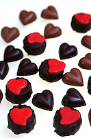 Cioccolatini a forma di cuore per la festa di San Valentino. .Chocolate heart-shaped for the feast of St. Valentine...