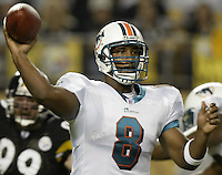 07 September 2006: Miami Dolphins' Daunte Culpepper plays against the Pittsburgh Steelers at Heinz Field in Pittsburgh, Pennsylvania.<br />