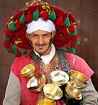 Morocco, Marrakech: Portrait of a local water seller | Marokko, Marrakesch: Portrait eines Wasserverkaeufers